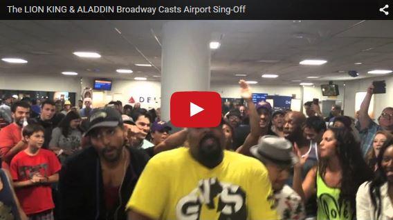 L'équipe des comédies musicales Le Roi Lion et Aladdin en plein show